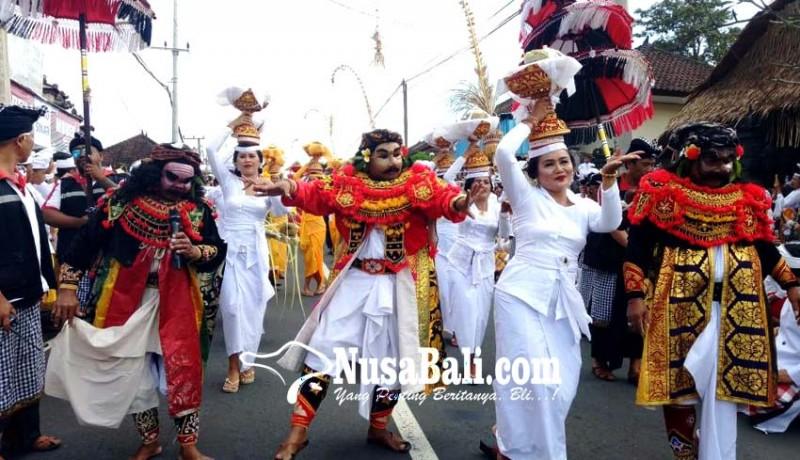 www.nusabali.com-krama-desa-pakraman-beraban-gelar-upacara-nyenuk