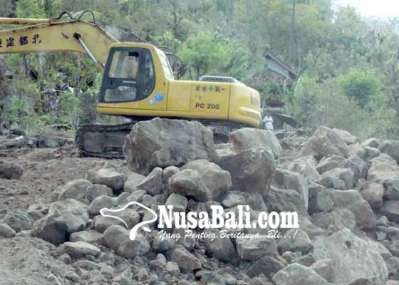 Nusabali.com - diduga-ada-galian-ilegal-di-seraya