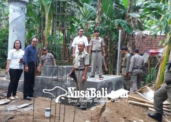 Nusabali.com - satpol-pp-sita-peralatan-tower-di-desa-pikat