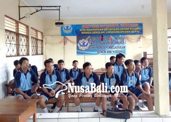Nusabali.com - sekolah-swasta-di-tabanan-menangis