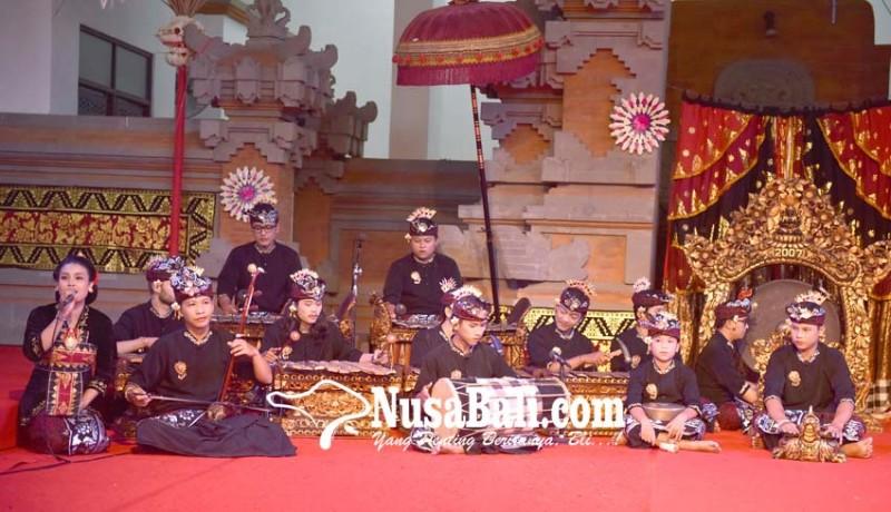 www.nusabali.com-tampilkan-gambelan-bertangga-nada-9-di-pkb