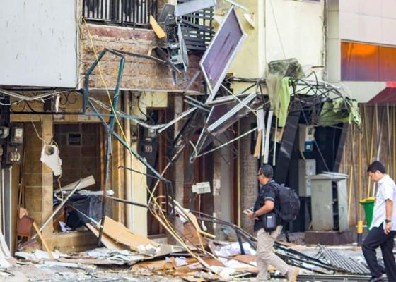 Nusabali.com - tabung-gas-meledak-11-ruko-alami-kerusakan
