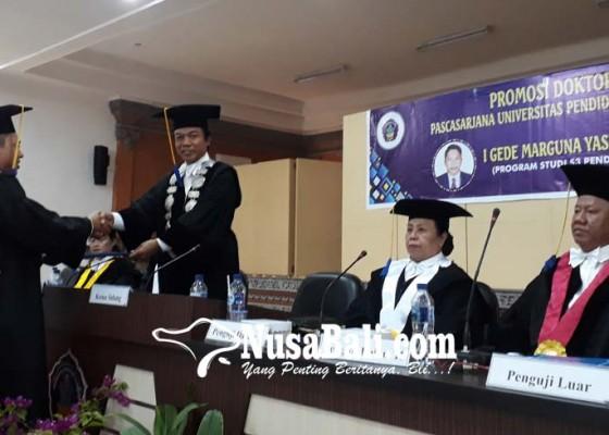 Nusabali.com - undiksha-luluskan-doktor-kedelapan