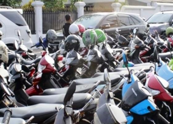Nusabali.com - pd-parkir-angkat-bicara-soal-pemakaian-pihak-ketiga-di-rsud-wangaya