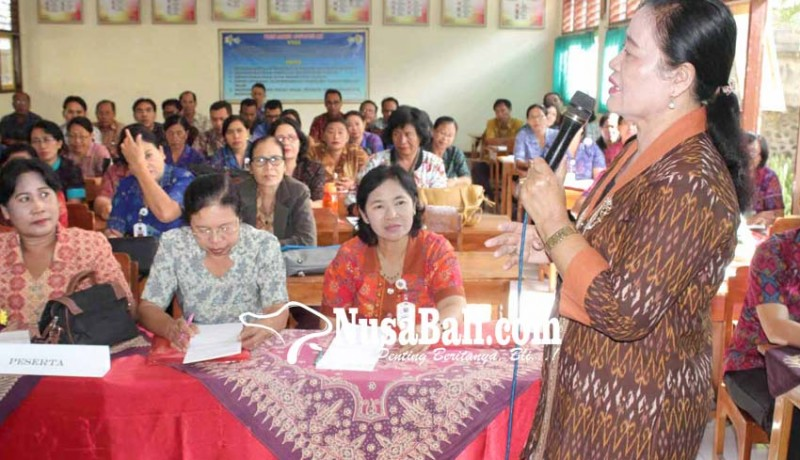 www.nusabali.com-merangkap-balian-guru-agama-tetap-profesional