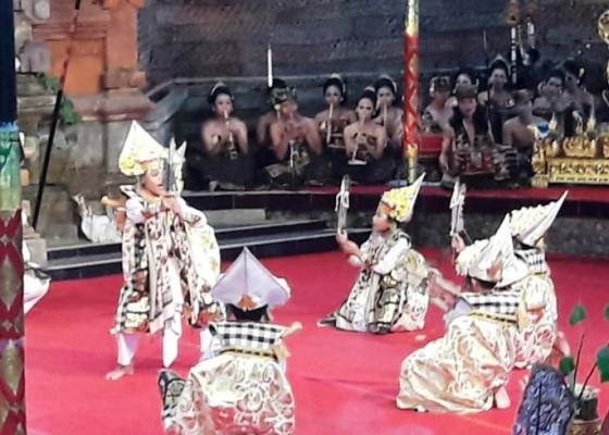 Nusabali.com - sesolahan-panghider-wujud-persembahan-kepada-sang-hyang-taksu-agung