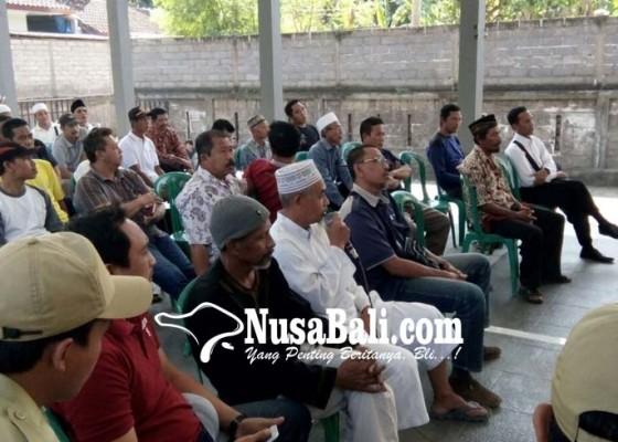 Nusabali.com - warga-geruguk-kantor-perbekel