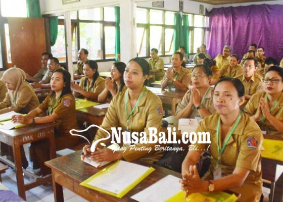 Nusabali.com - kejar-karier-guru-wajib-penuhi-pak