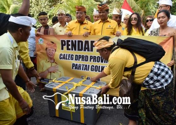Nusabali.com - golkar-pasang-11-incumbent-cok-ibah-mental