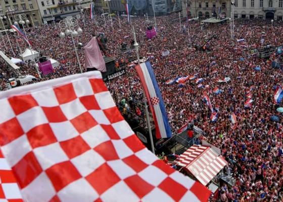 Nusabali.com - pulang-kampung-kroasia-disambut-bak-pahlawan