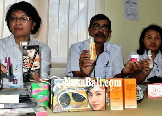 Nusabali.com - ribuan-kosmetika-ilegal-disita