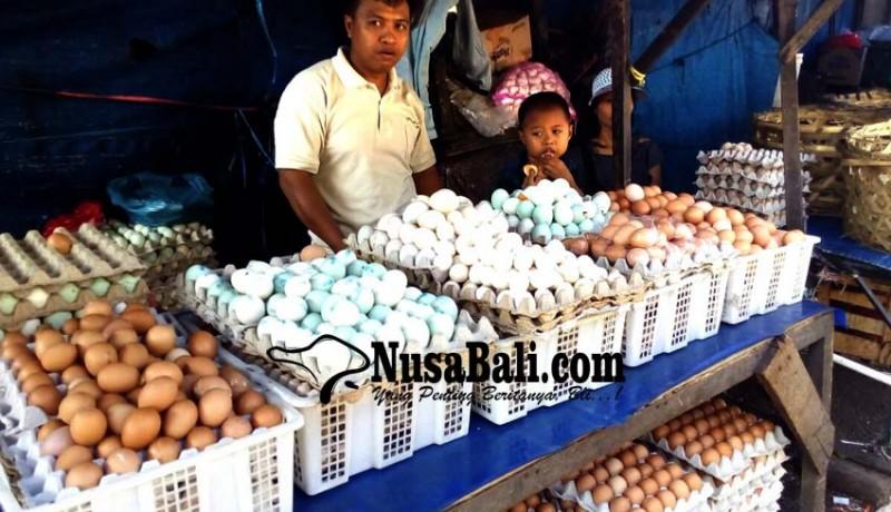 www.nusabali.com-harga-telur-tak-mau-turun