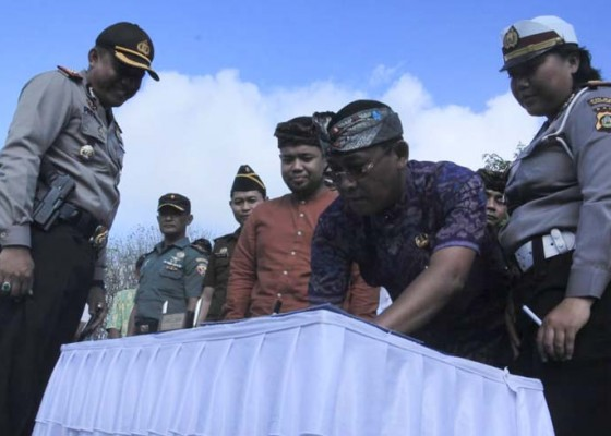 Nusabali.com - sambut-kunjungan-delegasi-imf-ubud-deklarasi-tertib-berlalu-lintas