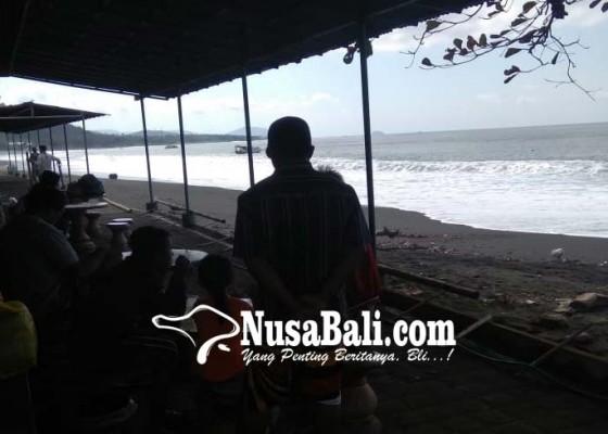 Nusabali.com - cuaca-buruk-pelabuhan-di-kusamba-tutup