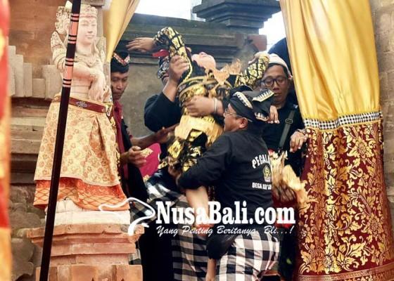 Nusabali.com - penari-penabuh-pangibing-karauhan