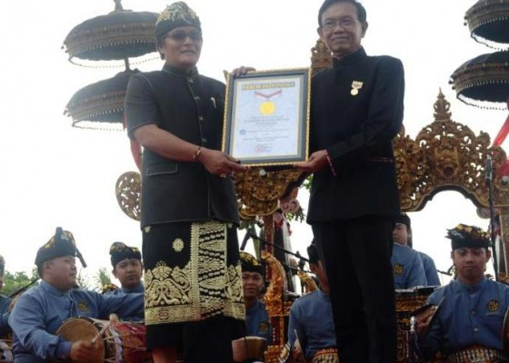 Nusabali.com - festival-budaya-pertanian-ke-7-pecahkan-rekor-muri