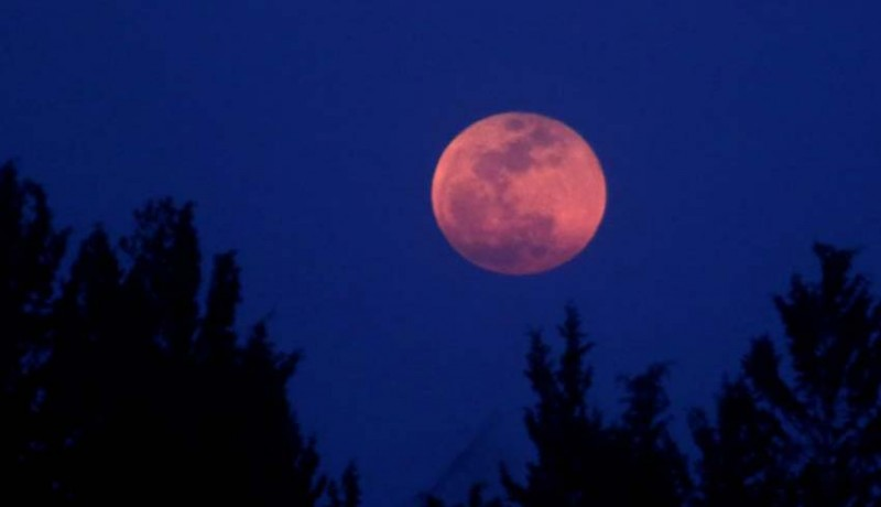 www.nusabali.com-28-juli-gerhana-bulan-terlama