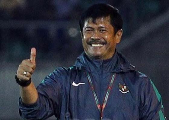 Nusabali.com - indra-biarkan-pemain-u-19-berkembang-di-kompetisi