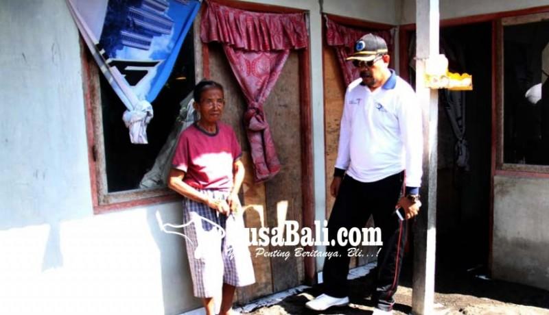 www.nusabali.com-ombak-terjang-rumah-warga