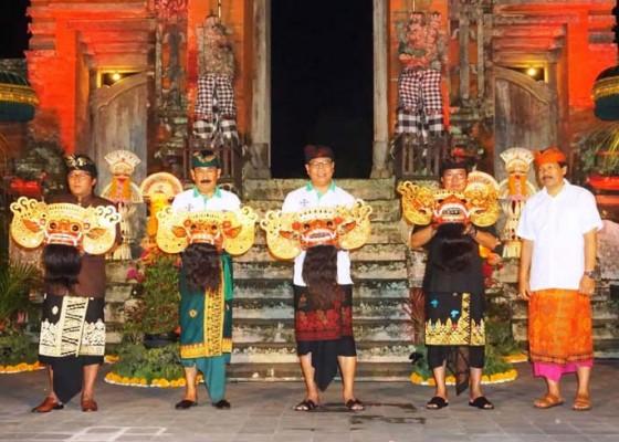 Nusabali.com - bupati-buka-taman-ayun-barong-festival-regeneration-superstar