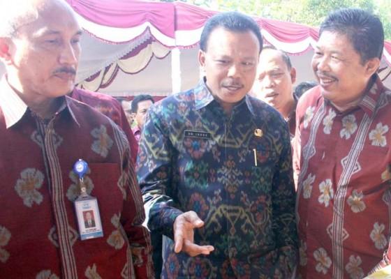 Nusabali.com - gubernur-bali-apresiasi-orangtua-cerdas-dan-bijak-hasilkan-generasi-emas