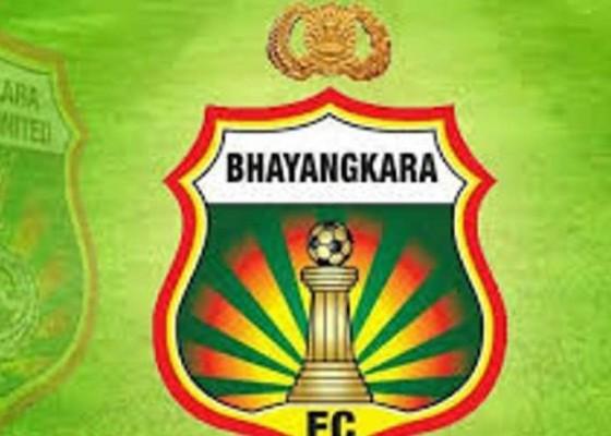 Nusabali.com - bhayangkara-bangga-rekor-head-to-head