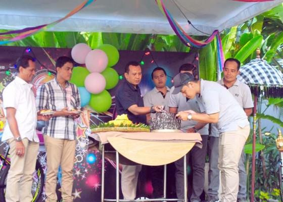 Nusabali.com - anniversary-ke-6-hotel-santika-siligita