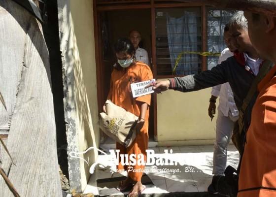 Nusabali.com - prarekonstruksi-tersangka-jalani-73-adegan
