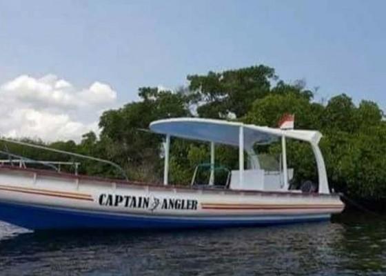Nusabali.com - boat-hilang-terseret-gelombang