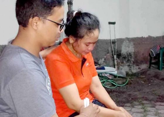 Nusabali.com - korban-sempat-cucikan-baju-anak