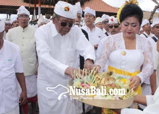 Nusabali.com - panitia-karya-pura-penataran-majaya-jaya