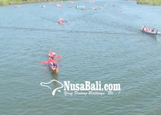 Nusabali.com - lomba-balap-sampan-diwarnai-cekcok