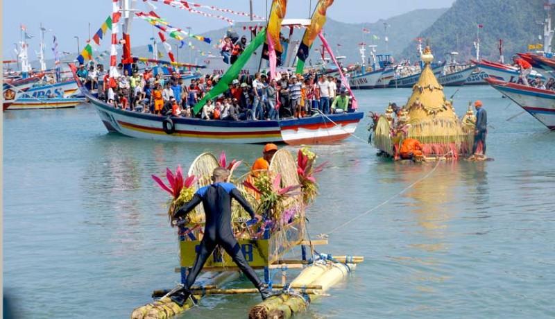 www.nusabali.com-tradisi-larung-sembonyo