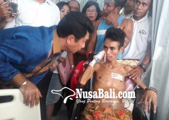 Nusabali.com - kemenpora-ri-kunjungi-petinju-valentinus-nahak