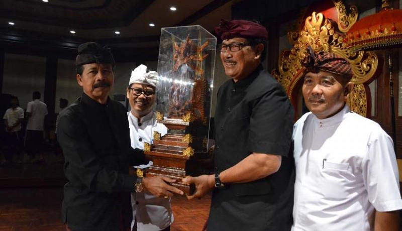 www.nusabali.com-duta-utsawa-dharma-gita-badung-juara-umum-tingkat-provinsi-bali