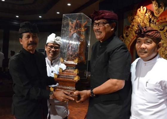 Nusabali.com - duta-utsawa-dharma-gita-badung-juara-umum-tingkat-provinsi-bali