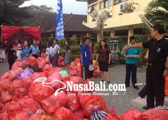 Nusabali.com - siswa-sman-1-amlapura-wajib-bawa-sampah-plastik