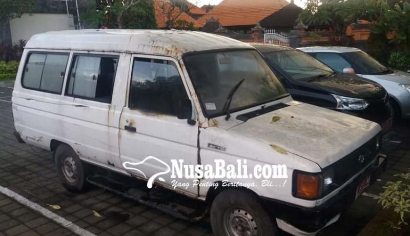 www.nusabali.com-pemkab-klungkung-lelang-kendaraan-rp-296-juta