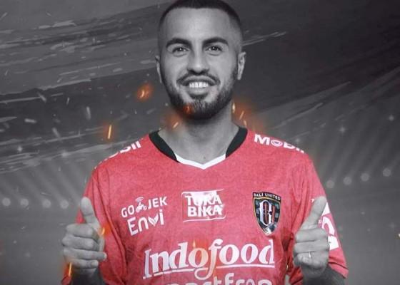 Nusabali.com - pemain-irak-resmi-gabung-bali-united