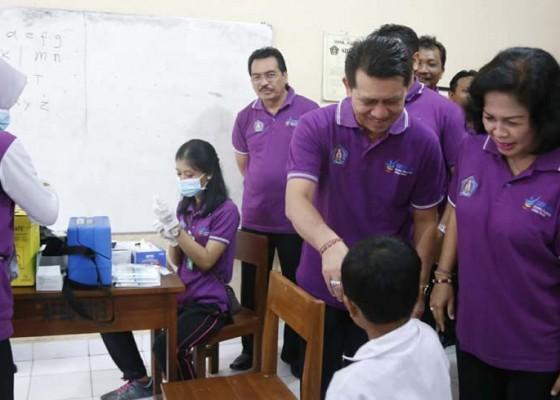 Nusabali.com - pemkab-klungkung-canangkan-program-imunisasi-campak-dan-mr