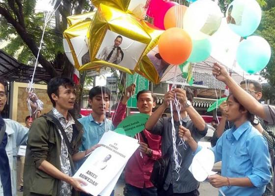 Nusabali.com - gambar-anies-ahy-hingga-puan-terbang-dari-kpu