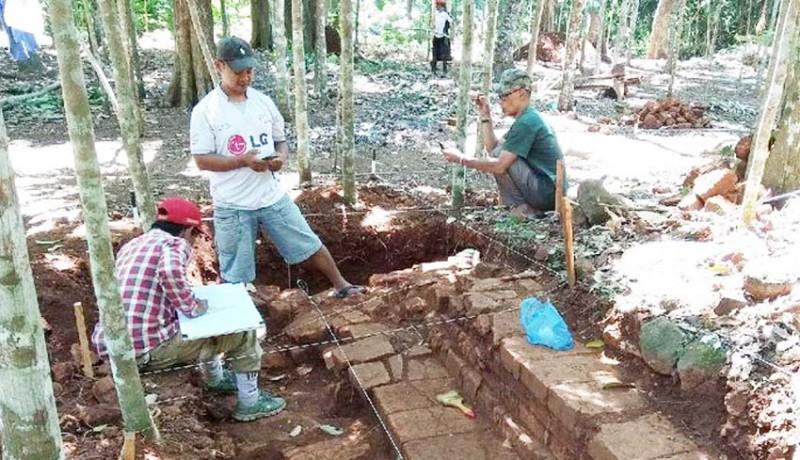 www.nusabali.com-candi-hindu-ditemukan-di-kebun-durian
