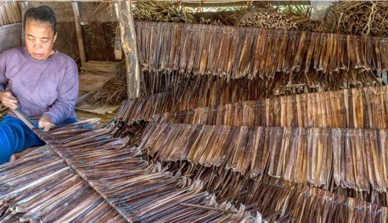 www.nusabali.com-kerajinan-atap-daun-kelapa