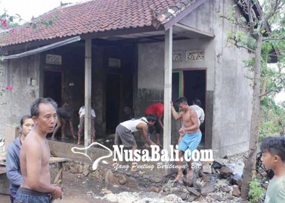 Nusabali.com - rumah-terbakar-surat-berharga-dan-uang-ludes