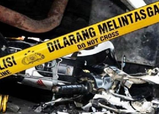Nusabali.com - 2-motor-bertabrakan-2-bikers-tewas