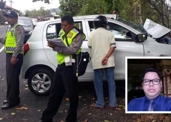 Nusabali.com - sekeluarga-kecelakaan-1-tewas-3-luka-berat