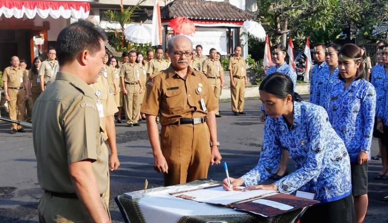 www.nusabali.com-mengabdi-7-14-tahun-27-bidan-diangkat-jadi-asn