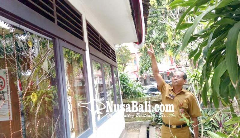 www.nusabali.com-gedung-bagian-bkd-retak-pegawai-waswas