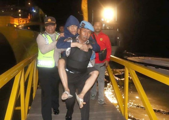 Nusabali.com - ribuan-turis-korban-gempa-dievakuasi-lewat-benoa