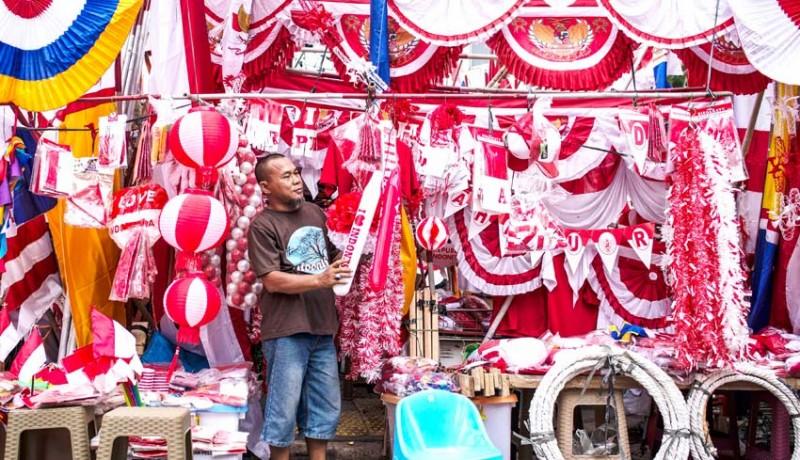 www.nusabali.com-penjualan-pernak-pernik-kemerdekaan